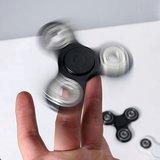 Hand Fidget Spinner Glow in the Dark - met hoogwaardige keramische lagers_
