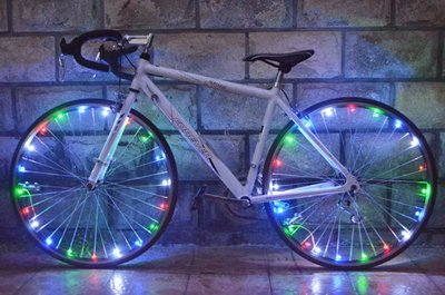 Spaakverlichting LED - Spaak wiel Led verlichting | Fiets Licht | Lichtsnoer Fietswiel | Fiets Wiel Licht | 20 Leds | 2 functies | 220 Cm | Geschikt voor 1 fietswiel